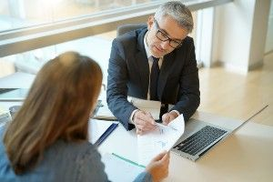 3 Tips for Choosing a Bankruptcy Lawyer