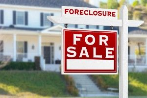 When Is It Too Late to Stop Foreclosure? Here's What You Should Know If You Are Behind On Your Mortgage